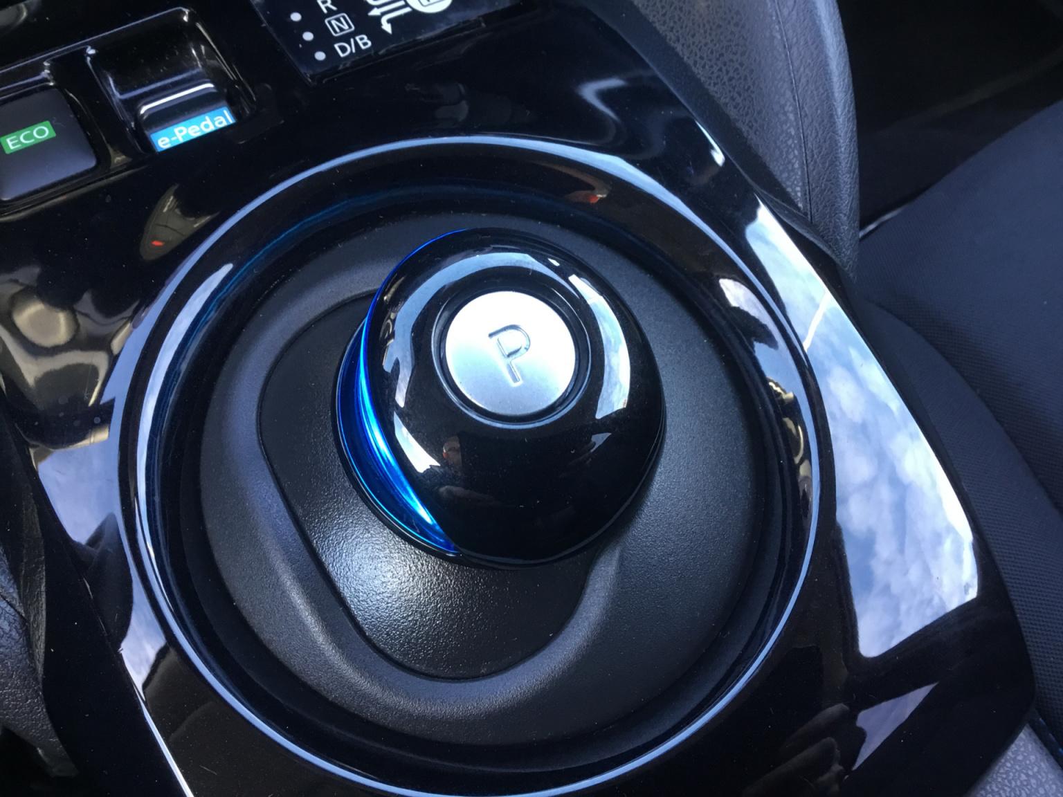 Nissan-Leaf-22