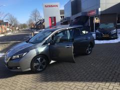 Nissan-Leaf-25